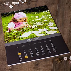 Top hanging Calendar