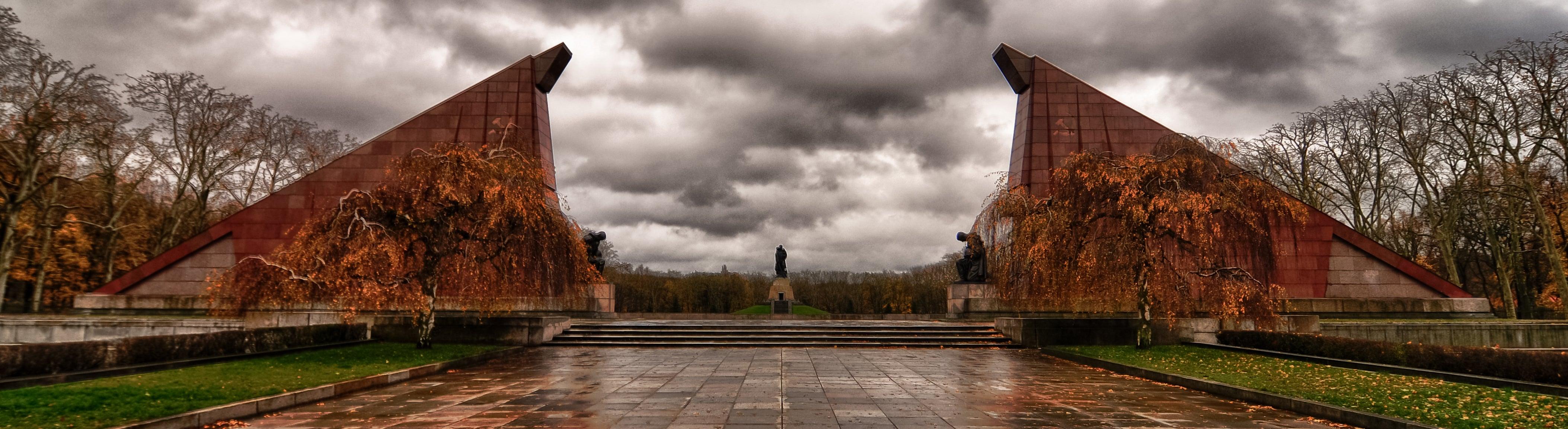 E2 Germany - 1583@101106 - Berlin - Soviet War Memorial (Treptower Park)_HDR (1)
