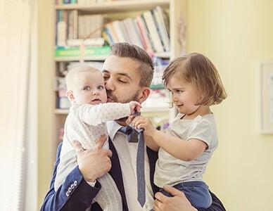 dad with children