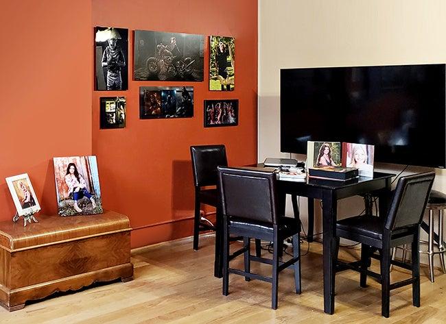photography studio with adoramapix prints